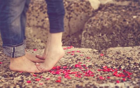 女朋友提出分手该怎样挽回爱情