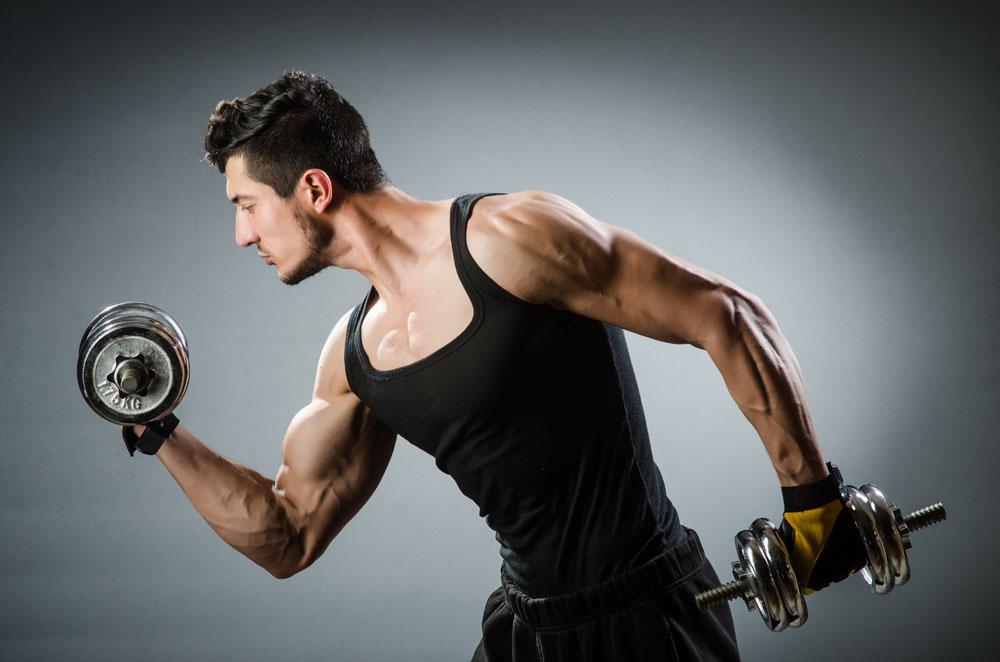 时下正夯健身法型男必备